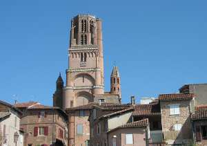 Old Albi with the cathedral